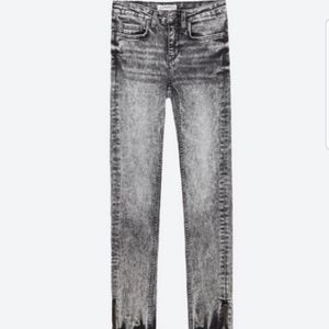 Zara Acid Wash Skinny Jean's Size 6